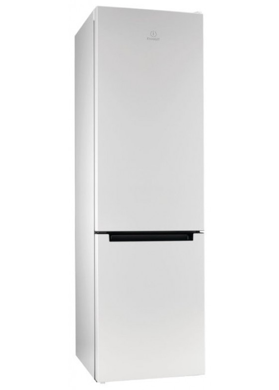 Холодильник Indesit DFE 4200 W Белый