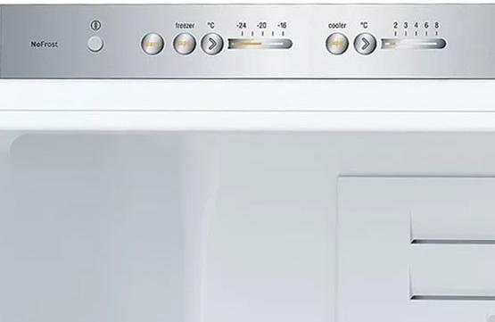 Панель Управления Холодильника Bosch KGN39LB10